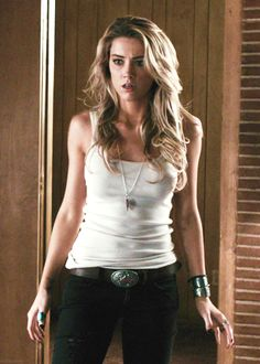 Amber Heard ( love her hair) Amber Heard Drive Angry, Amber Heard Hot, Dean Winchester Cosplay, Female Character Inspiration, Actrices Hollywood, Lany, Female Characters, Beautiful People, Celebs