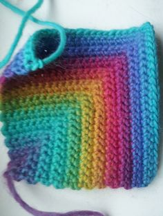 Ravelry: Project Gallery for Log Cabin Granny Square Free Workshop pattern by Deja Jetmir