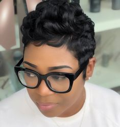 "752 Likes, 6 Comments - @paulahair on Instagram: ""She always slays #paulahair #wearyourhair #idareyou"""