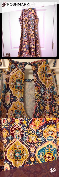 MOSSIMO BOHO TANK Mossimo boho long swing tank (or short sundress depending upon your height) in very good condition. AMAZING pattern and colors with cute keyhole opening in back. Just reposhing because it wasn't the right length for me. Mossimo Supply Co Tops Tank Tops