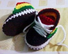 botas converse tejidos a crochet para niños