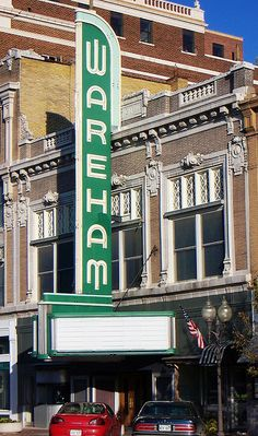Manhattan, Kansas ~ Wareham Theater