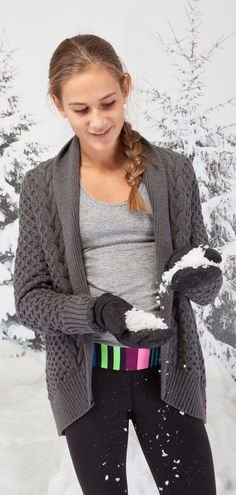 made of breathable knit this cardigan is easy to throw on post practice. Style Wish, My Style, Figure Skating Outfits, Musa Fitness, Fit Girl Motivation, Athletic Outfits, Hoodies, Sweatshirts, What To Wear