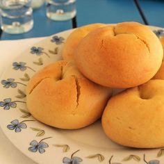 Μπισκότα - The one with all the tastes Greek Sweets, Greek Desserts, Cookie Desserts, Greek Recipes, Fun Desserts, Cookie Recipes, Dessert Recipes, Sweet Buns, Sweet Pie