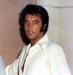 Elvis Presley-
