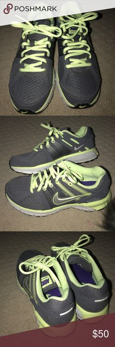 Women's Nikes Only worn once. Perfect condition. Dynamic support. Very comfortable and cute!:) Nike Shoes Sneakers