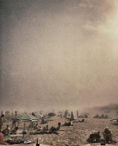 Foggy Beach by donalfoto