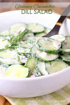 Creamy Cucumber Dill Salad Recipe: Sliced cucumbers and red onion in a creamy buttermilk dill dressing. The perfect salad for summer! Dill Salad Recipe, Cucumber Dill Salad, Creamy Cucumbers, Green Salad Recipes, Pesto Pasta Salad, Veggie Pasta, Pasta Salad Italian, Apple Broccoli Salad, Potluck Salad