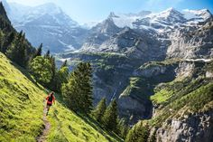 Woman trail running on singletrack above Lauterbrunnen Valley with views of the Jungfrau and Mönch in the Berner Oberland, Switzerland Beautiful World, Beautiful Places, Places To Travel, Places To Go, Running Photos, Back Road, Swiss Alps, Beach Trip, Beach Travel