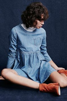 BDG Blue Jean Babydoll Dress from Urban Outfitters. Shop more products from Urban Outfitters on Wanelo. Mini Dresses For Women, Clothes For Women, Vestido Baby Doll, Urban Dresses, Women's Dresses, Look At You, Babydoll Dress, Simple Outfits, Chic Outfits