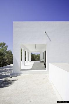 Casa Amalia / Maria Castello Arquitecte