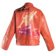 Yohji Yamamoto orange leather jacket with Marilyn Monroe pin-up, A / W 1991 Diy Vintage Leather, Vintage Leather Jacket, Men's Leather, Leather Jackets, Orange Leather Jacket, Norma Jeane, Vogue, Yohji Yamamoto, Mode Outfits