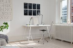 20 Trestle Desk Ideas for the Hottest Trend Small Workspace, Office Workspace, Home Office, Painted Wooden Floors, Trestle Desk, Contemporary Office, Interior Decorating, Interior Design, Modern Spaces