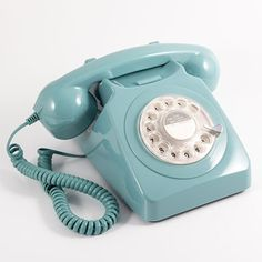 746 Retro Rotary Dial Phone in Blue. This traditional Rotary Dial Telephone in French Blue is based on the classic iconic 746 design telephone Telephone Retro, Retro Phone, Light Blue Aesthetic, Pink Aesthetic, Rotary, Icones Facebook, General Post Office, Desk Gifts, Ideas