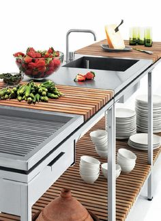 Outdoor Kitchen from Viteo Outdoors - a modular patio kitchen
