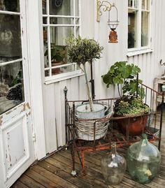 sangle jardiniere balcon bacsac 1 garde corps pinterest. Black Bedroom Furniture Sets. Home Design Ideas