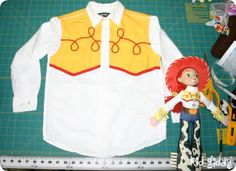 Kid Giddy aka Kerry Goulder: Sewing Patterns, Crafts, DIY, Photography, Recipes and more: Giddy-Up Friday: Jessie The Cowgirl Halloween Costume Cowgirl Halloween Costume, Toy Story Halloween, Halloween Costumes For Girls, Halloween Birthday, Halloween Fun, Jessie Costumes, Cute Costumes, Costume Ideas, Jesse Toy Story Costume
