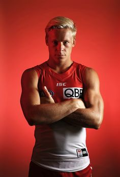 Isaac Heeney Photos Photos - Isaac Heeney of the Swans poses during a portrait session at the SCG on February 2017 in Sydney, Australia. Gorgeous Guys, Beautiful, Human Poses Reference, Little Bit, Blonde Guys, Posing Guide, Rugby League, February 14, Men In Uniform