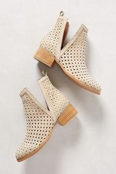 hello perfect spring time bootie @Anthropologie