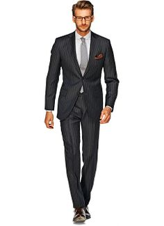 Suitsupply Suits: Soft-shoulders, great construction with a slim fit—our tailored, washed and formal suits are ideal for any situation. Grey Pinstripe Suit, Dark Gray Suit, Dark Grey, Formal Suits, Men Formal, Mens Fashion Suits, Mens Suits, Suit Supply, Suit Combinations