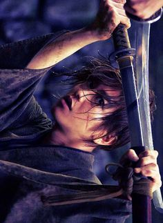 May our fates intertwine Japanese Drama, Japanese Boy, Samurai Art, Samurai Swords, Saitama, Kenshin Le Vagabond, Emi Takei, Fighting Poses, Ghost Of Tsushima