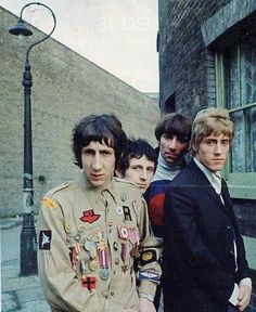 "The Who  ""The Who""  Keith Moon Roger Daultry Pete Townsend John Entwhistle  #thewho #keithmoon #petetownsend @indiefilmacdmy   The Who Links: http://thewho.com/ http://en.wikipedia.org/wiki/The_Who"