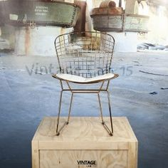 Bertoia wire dining chair seat cushion with white copper
