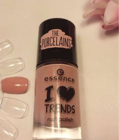 "alldaysDesigner Blog: ESSENCE NAGELLACK ""SO IN LOVE"""
