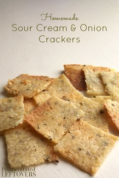 This homemade Sour Cream and Onion Crackers recipe is easy to make! Use this tutorial to learn how to make homemade crackers to snack on or serve with soup. This snack recipe is sure to become a family favorite! Appetizer Recipes, Snack Recipes, Cooking Recipes, Appetizers, Food52 Recipes, Easy Recipes, Junk Food, Homemade Crackers, Savory Crackers Recipe