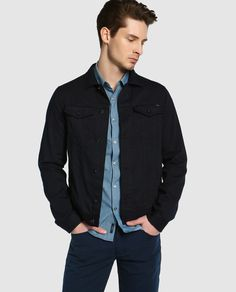 Cazadora de hombre Armani Jeans azul con cuatro bolsillos