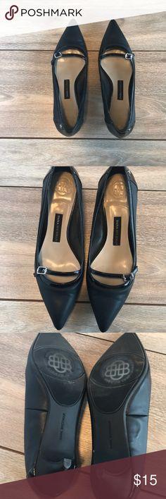 Dana Buchanan kitten heels size 6 1/2 Excellent condition worn twice. Dana Bachman (Kohl's) black kitten heels. Size 6 1/2.  heel is @2 inches Dana Buchman Shoes Heels