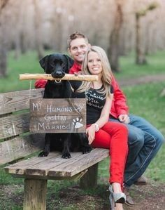 When Cute Dogs Tell You To Save The Date! - When cute Dogs tell you to Save The Date! Housewarming Country engagement photos with dogs – - Dog Engagement Photos, Fall Engagement, Engagement Couple, Engagement Shoots, Country Engagement Pictures, Engagement Ideas, Photos With Dog, Save The Date Photos, Family Photos