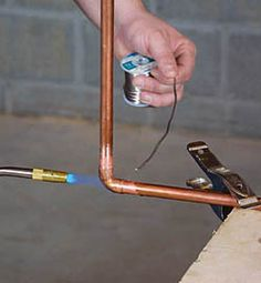 Soldering Copper Pipe A seasoned plumber shows you how to keep it simple—and safe by Rich Monroe - Fine Homebuilding Article