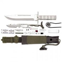 How to choose a fixed blade survival knife? Learn the ins and outs of fixed blade survival knives - blade size, grip requirements and more - in this series. Survival Weapons, Survival Life, Survival Food, Wilderness Survival, Camping Survival, Outdoor Survival, Survival Prepping, Survival Skills, Camping Gear