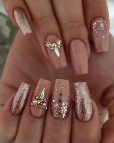 In search for some nail designs and some ideas for your nails? Here is our list of must-try coffin acrylic nails for trendy women. Best Nail Art Designs, Simple Nail Designs, Acrylic Nail Designs, Ongles Bling Bling, Rhinestone Nails, Cute Nails, Pretty Nails, Ongles Or Rose, Beauty Nail