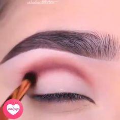 Flawless eye makeup tutorials - Makeup Tips Summer Makeup Tutorial Foundation, Makeup Tutorial Eyeliner, Makeup Looks Tutorial, Blaues Make-up, Korean Makeup Tutorials, Best Makeup Tips, Make Up Videos, Winter Makeup, Makeup Photography