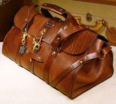 Handmade american leather duffle for Chris Leather Luggage, Leather Handbags, Leather Bags, Leather Jackets, Leather Totes, Leather Backpacks, Leather Purses, Sac Week End, Luggage Bags