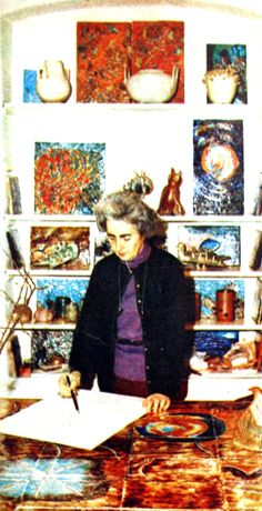 Füreya Koral 1970. Painters Studio, Ceramic Artists, Art Studios, Artist At Work, Istanbul, Painting, Female, Women, Roses
