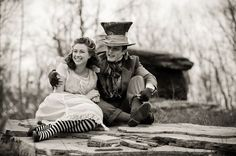 Alice and the Mad #Hatter in a Wonderland engagement shoot. Photography: http://laurenbrimhallphotography.com/