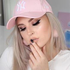 Baddie makeup tutorial  https://youtu.be/PSHafZQTDtI  #shaaanxo #makeup