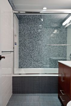 Artistic Tile This Shower Features The Bb Blue Miles Modular Pattern From The Jazz Glass