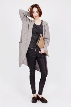 Long cardigan grey by GREY COMMA Teen Fashion, Korean Fashion, Fashion Outfits, Womens Fashion, Minimalist Wardrobe, Sora, Second Skin, Long Cardigan, Fashion Styles