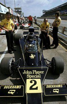 Jacky Ickx (BEL), Lotus 76 - Kyalami, 1974.