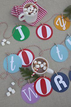 Sisters Guild: Advents Door - Free Printable Joy To The World Garland Christmas Makes, Christmas Art, All Things Christmas, Christmas Holidays, Christmas Ideas, Xmas, Holiday Themes, Holiday Crafts, Holiday Fun