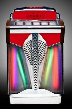 Photographs of the jukebox collection at the Blackhawk Museum in Danville, California. Raymond Loewy, Game Room Basement, Basement Bedrooms, Jukebox, Whole Home Audio, Diy Bathroom, Music Machine, Video Game Rooms, Master Bedroom Closet
