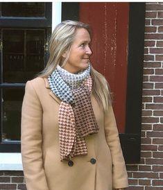Eerste herfstsjaalpatroon   Etsy Fall Scarves, Autumn, Crochet, Pattern, Etsy, Vintage, Fashion, Moda, Fall Season