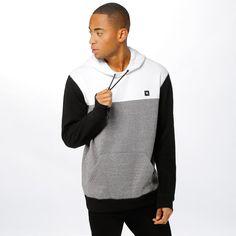 Blokkfarget hoodie fra Rip Curl. Materiale: 74% Polyester, 21% Bomull, 5% Viskose. Modellen er 182 cm og avbildet i L.