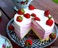 Summer Cakes, Romanian Food, Polish Recipes, Polish Food, Mousse Cake, Strawberry Cheesecake, Food Cakes, Protein Bars, Junk Food