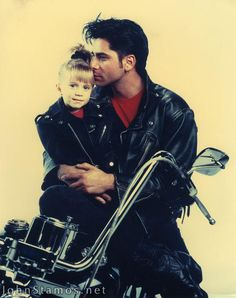 Full House Photo: Uncle Jesse and Michelle Michelle Tanner, Full House, Tio Jesse, John Stamos, Olsen Twins, 90s Kids, Back In The Day, Favorite Tv Shows, Favorite Things