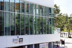 MC1 - Nantes (44) Architecte : Rocheteau Evelyne, Entreprise : Gotham, Photographe : Patrick Loubet Solutions WICONA utilisées : Façades MECANO VEC Droits Réservés WICONA